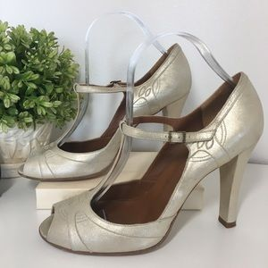 Marc Jacobs Gold Peep Toe Heels size 9 1/2